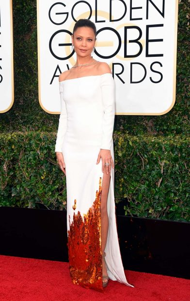 thandie-newton-golden-globe-awards-globes-2017-red-carpet-39-392x620